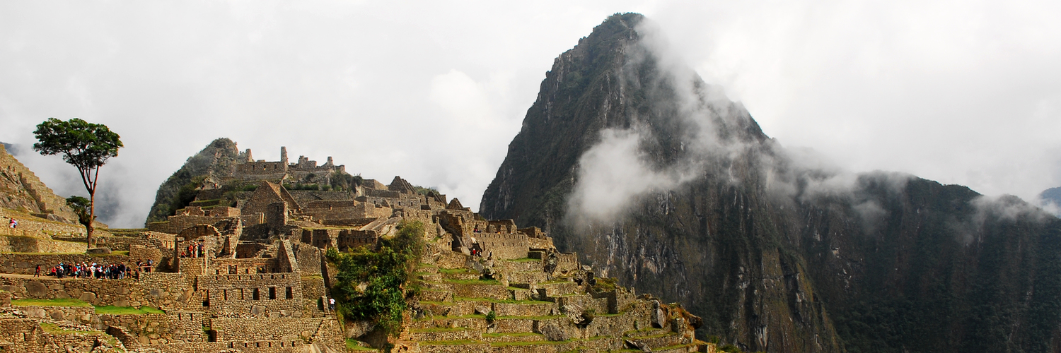 1000 places to see before you die aguas caliente bergnebelwald cerro machu picchu conquistadores cordillera vilcabamba cusco haus des wächters hiram bingham huanya picchu inka machu picchu ollantaytambo peru rio urubamba südamerika urubamba